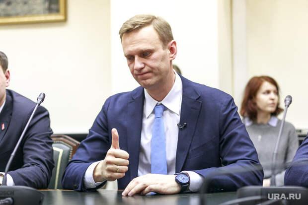 Врачи Навального призвали его прекратить голодовку