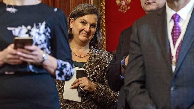 Пионерлагерь, печеньки и встречи с Сурковым. Чем известна Виктория Нуланд, которая возвращается в Госдеп