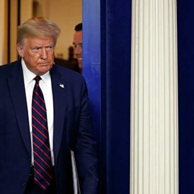 Трамп выступил против голосования по почте на выборах главы государства