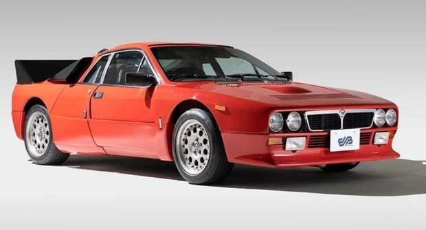 На аукционе продадут первый серийный спорткар Lancia 037 Stradale