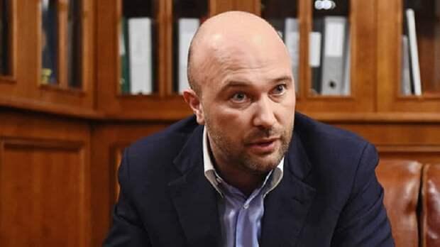Нефтяника взяли у трапа. Дмитрий Мазуров задержан по делу о кредите Сбербанка