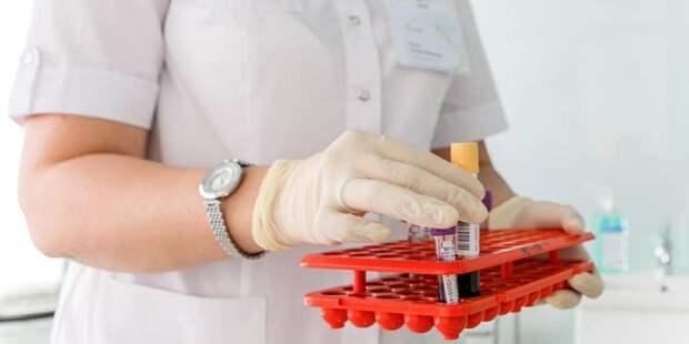 Медработники в Москве проходят экспресс-тесты на иммунитет к COVID-19 Фото: mos.ru