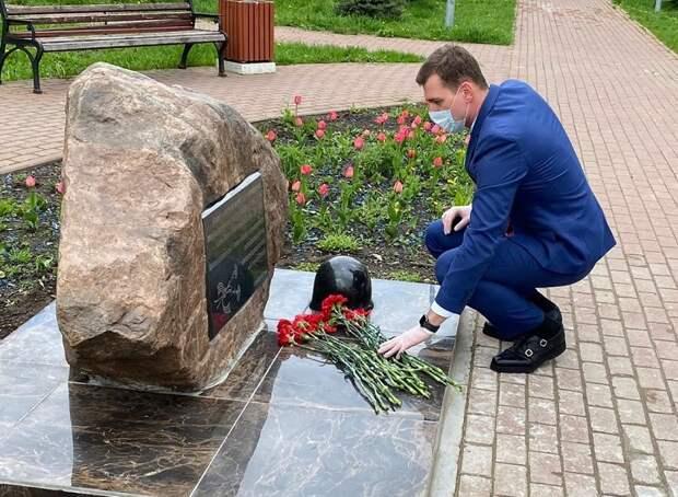 В Алтуфьеве возложили цветы к памятникам погибших воинов