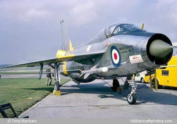 English Electric Lightning T.Mk.5