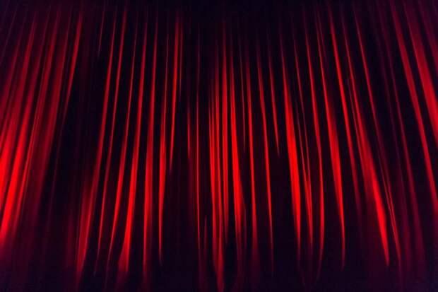 В театре «Без вывески» дадут спектакль «Орнитология» по пьесе Александра Строганова