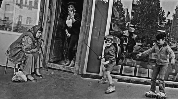 Труженицы секс-индустрии с улицы Сен-Дени. Фотограф Массимо Сормонта 16