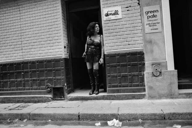 Труженицы секс-индустрии с улицы Сен-Дени. Фотограф Массимо Сормонта 10