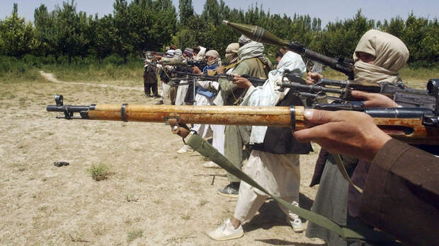 Трамп заявил о намерении оставить в Афганистане 8600 военных США