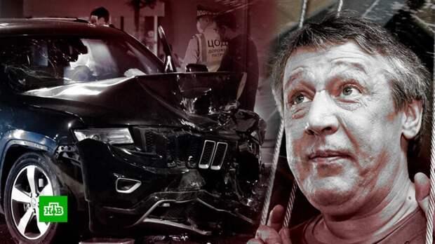 Лжесвидетели по делу Михаила Ефремова прячутся от камер и журналистов
