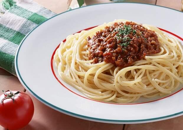 Спагетти с соусом «А-ля Болоньезе»