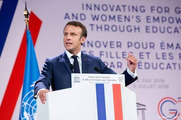 Франция пообещала Украине не допустить вторжения российских войск