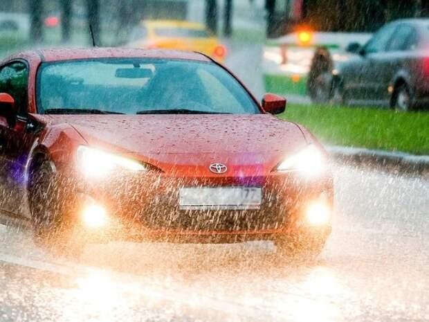 Рекордные дожди обрушатся на Москву в субботу