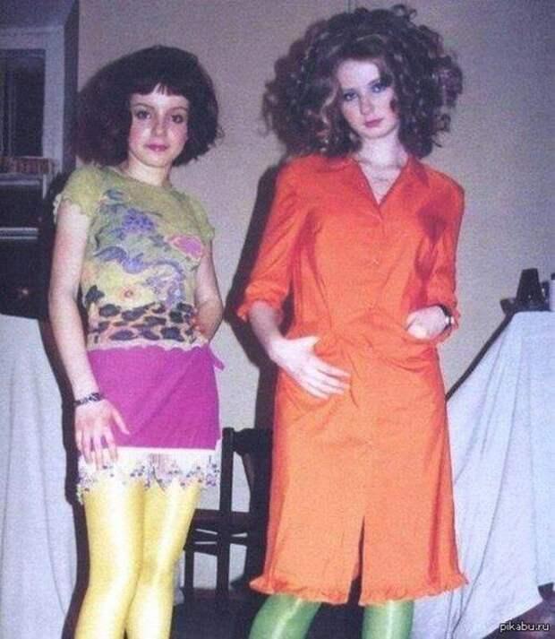 Фото российских звёзд из 90-х и 00-х, когда все были молодыми и забавными
