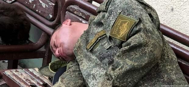 Давно я не видел пьяных военных