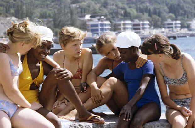 Советские дети в Артеке