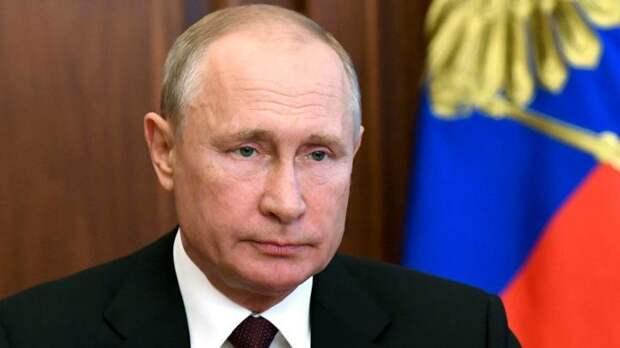Путин: необходимо реконструировать центр Севастополя