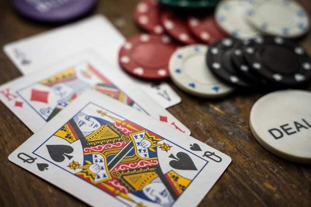 Сеть нелегальных казино закрыли в Сарапуле