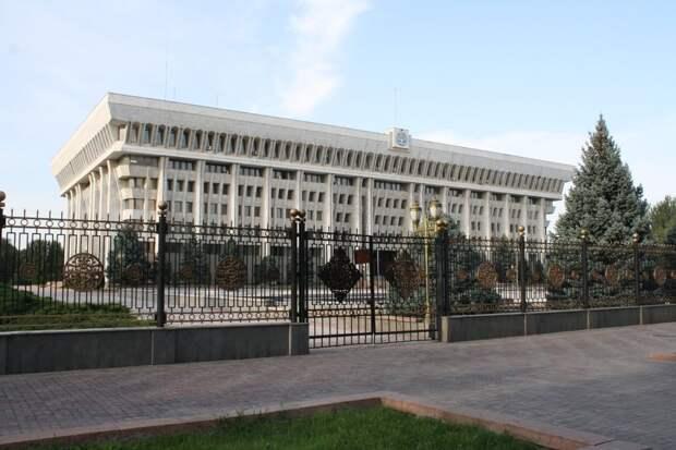 В Бишкек вводятся войска