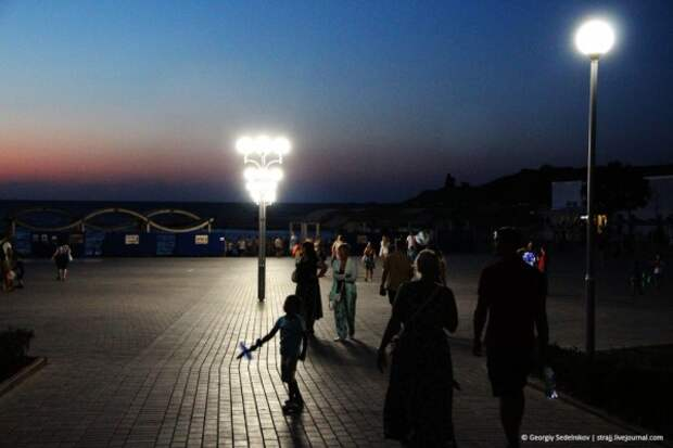 В Севастополе крутят фильмы под открытым небом