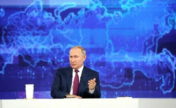 Всему свое время: Путин не исключил, что представит своего преемника россиянам