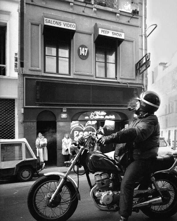 Труженицы секс-индустрии с улицы Сен-Дени. Фотограф Массимо Сормонта 57