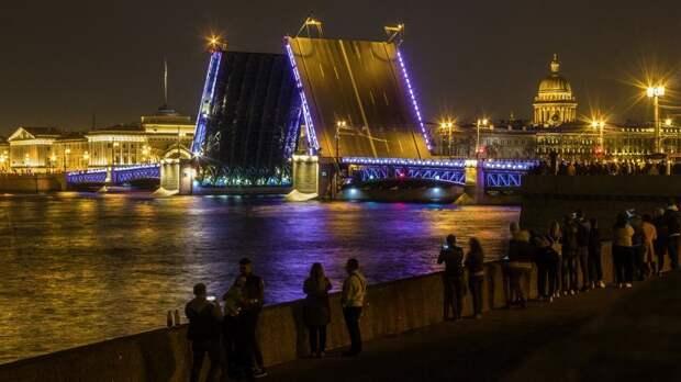 На последних в этом году «Поющих мостах» прозвучит музыка Серебряного ожерелья