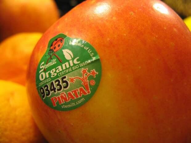 Если вы видите ″8″ на наклейке на фрукте, не покупайте его! Вот почему