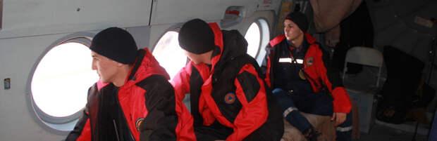 Спасатели совершили облет в поисках пропавшей в горах Алматы девушки