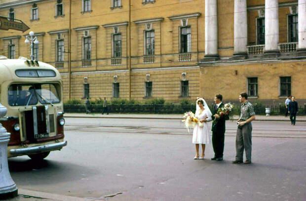 11 атмосферных фото Ленинграда 1961 года