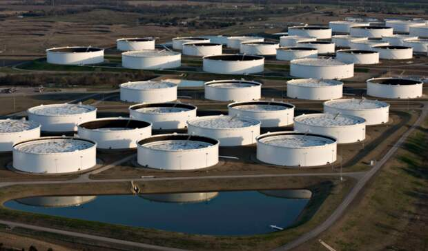 Запасы нефти вСША сократились на679 тысяч баррелей