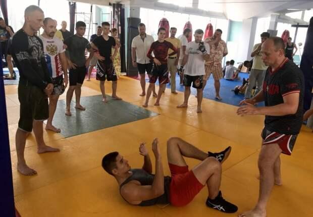 Фотоотчёт с «супертяжёлого» чемпионского мастер-класса севастопольских спортсменов
