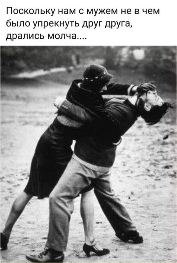 Петр стремительно врывается домой, бросается к жене на шею, целует ее...
