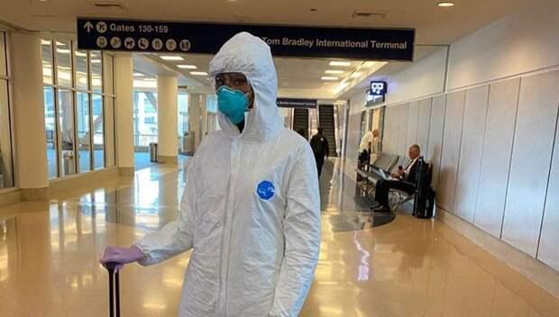 Наоми Кэмпбелл отнеслась со всей серьезностью к угрозе коронавируса