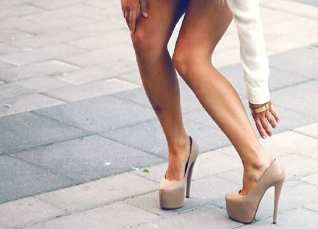 12 моделей модной обуви, которая доставляет женщинам одни страдания