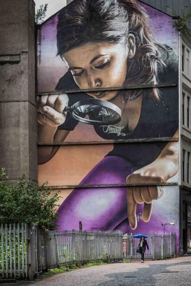Огромный стрит-арт на стене