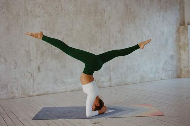 Нина Коломийцева: сесть на шпагат при помощи йоги