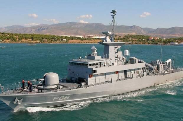 Греческий ракетный катер вошёл в акваторию Чёрного моря