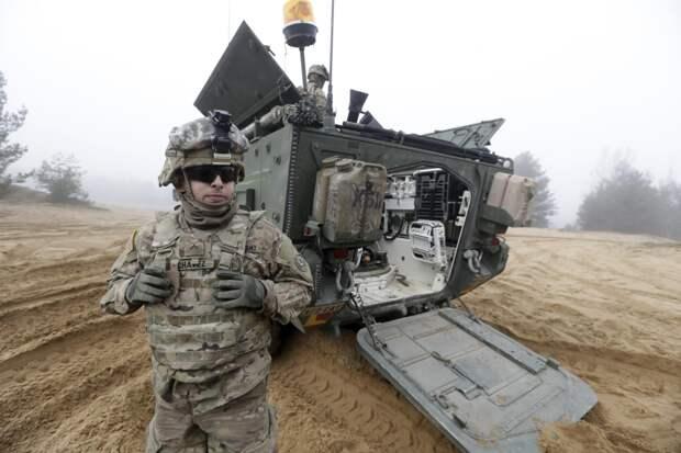 США приостановили многомиллионную военную помощь Украине