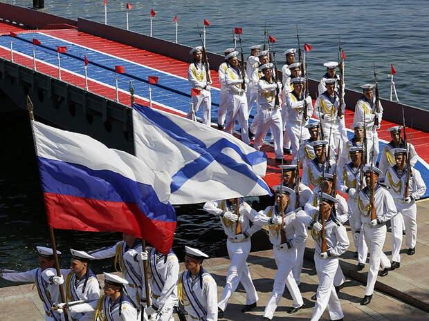 Парад ВМФ в Санкт-Петербурге в честь 325-летия российского флота: онлайн трансляция