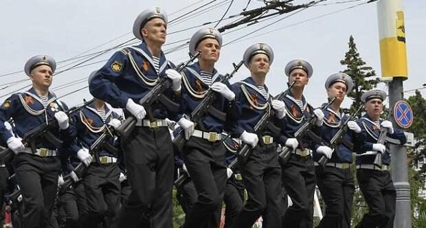 В Новороссийске провели парад в честь 75-летия Победы