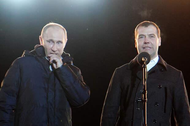 Медведев потерял 1.5 трлн рублей (Мельников)