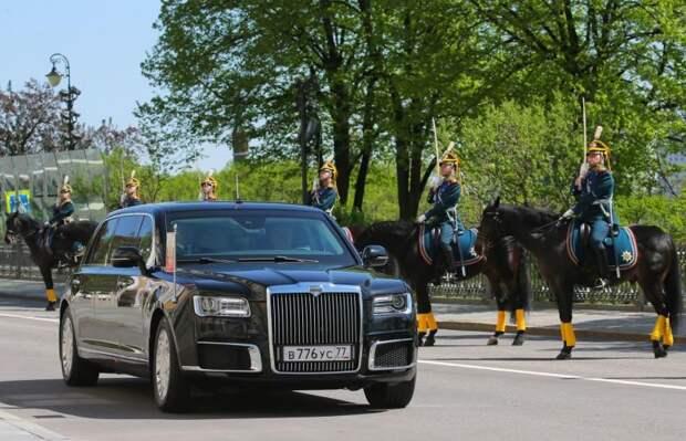 «Зверь» Путина, Кремль на колесах. Что пишут про Aurus на Западе?