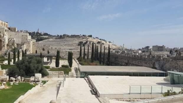 Армия Израиля заявила об активации сирен тревоги на границе с Ливаном