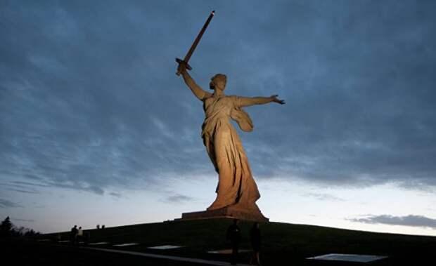 Agora Vox: Почему Запад никогда не победит и не простит Россию