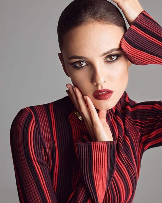 9 крутых фото актрисы Стаси Милославской — девушки Александра Петрова