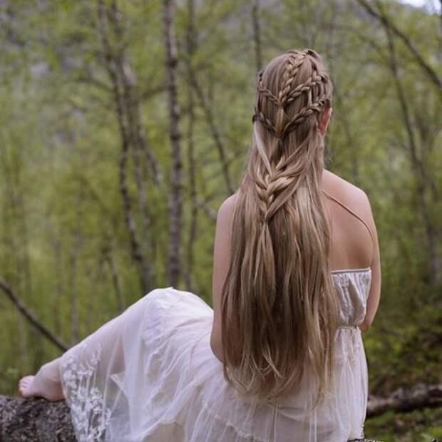 2.  косы, сестры