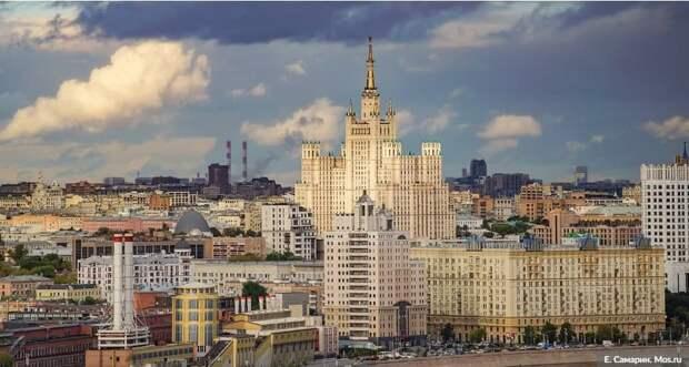 Сенатор РФ Инна Святенко: В Москве идет системная работа по цифровизации получения социальных выплат