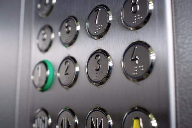 Лифтам в доме на Дмитровке проведут диспансеризацию