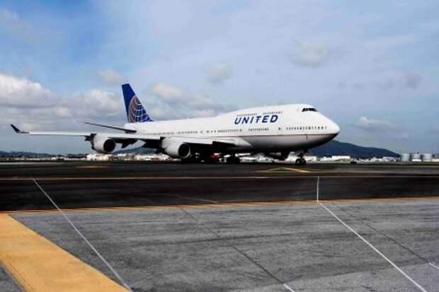 Boeing 747-422 авиакомпании United Airlines