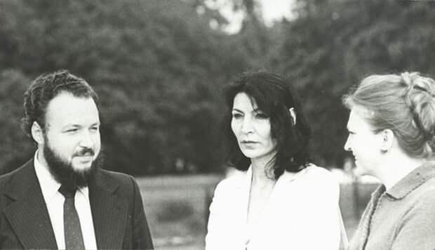 Владимир Михайлович Гундяев (Кирилл) и Евгения Ювашевна Давиташвили (Джуна). Москва, СССР. 1980-е гг.